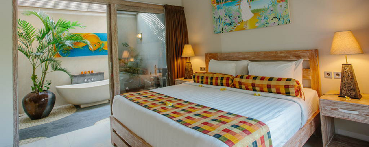 Enjoy hotel luxury.....  Pay less than a hotel room.  More Space....